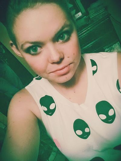 Swaggin alien shirt ♡♡ Spacesweg