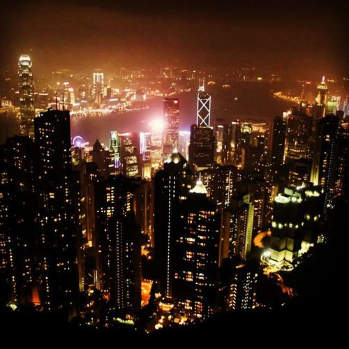 Never been to Hong Kong if you never set foot to The Peak, see HK from above, windy, chilly, need a good tripod againts the draft, wear thick jacket, small torch will help, and snacks will do.... HongKong Thepeak Above Aerial Night Nightphotography City Cityscape Landscape Slowshutter Picoftheday Bestoftheday Photooftheday Selected @klikarbain @arbainrambey