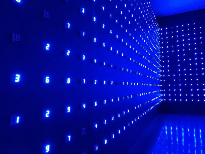 Light installation Blue No People みやじまたつお Miyajima Tatsuo Numbers
