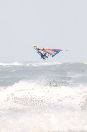 Jumping Red Bull Storm Chase Rough Rough Sea Rough Seas Sails Sea Waves Waves, Ocean, Nature Windsurfing