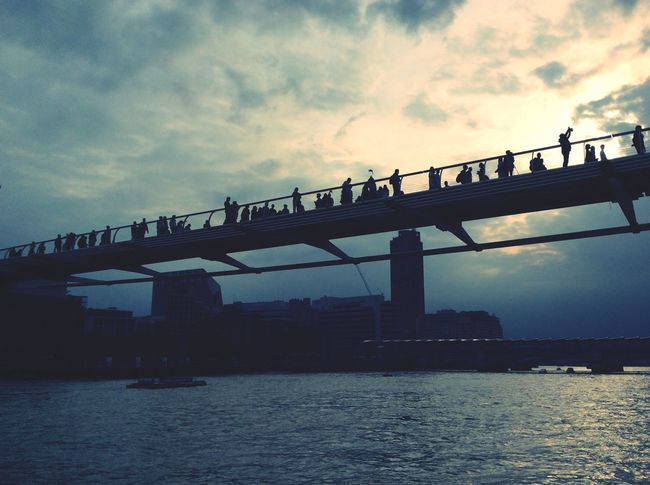 Blackfriars LONDON❤ Sky and sea People Bridge View Geometric Architecture Travelphotography Travel Destinations Trasportation Panoramic View Tourism London