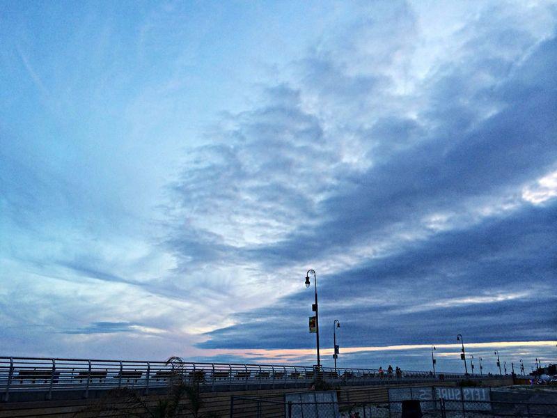 Sunset At Long Beach, NY Beautiful Sky EyeEm Best Shots Sunset #sun #clouds #skylovers #sky #nature #beautifulinnature #naturalbeauty #photography #landscape