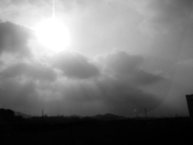 the suhhhhhhhhnnnnnn lol Sky Sunshine Clouds Clouds And Sky Blackandwhite EyeEm Best Edits EyeEmBestPics Blackandwhite Photography Blackandwhitephotography EyeEm Best Shots - Black + White