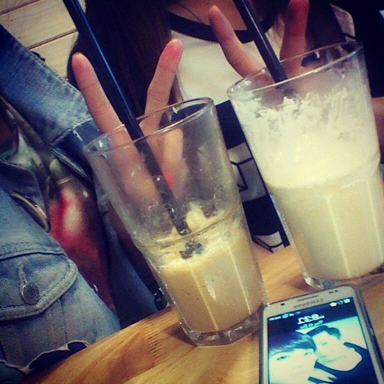 With @trang_yangyo unnie ♥♡♥ Urbanstation Cappuccino Blended