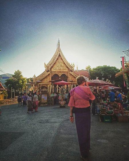 Farang in Thai-Lanna dress. Sonyxperiaz5 XPERIA XperiaZ5 Chiangmai Lannatemple