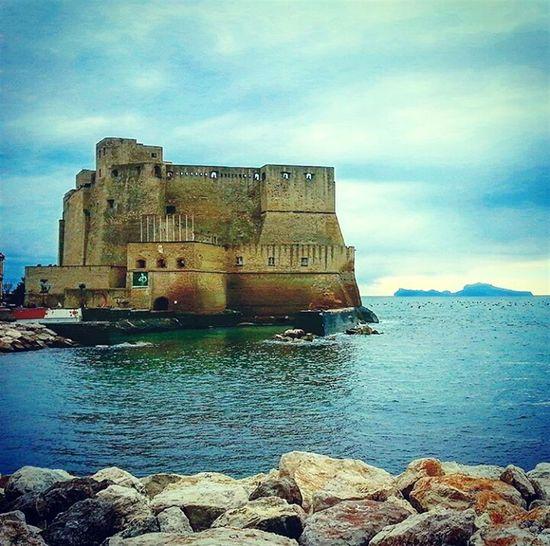 la dama e l'armigero Landscape Outdoors Essere Napoletano è Meraviglioso Napoli Naples Capri Castel Dell'ovo Lungomare Mare Sea