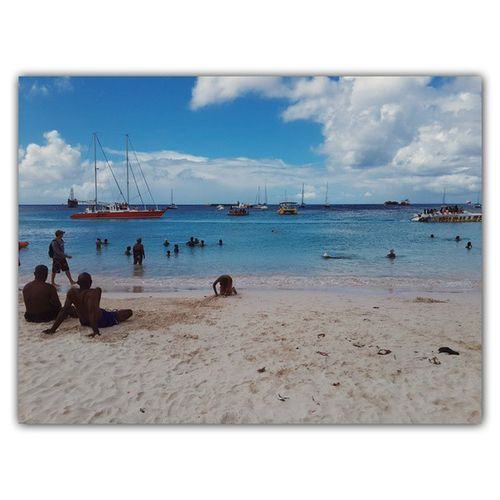 I'm posting again this is the full image, didn't realise that the one i posted earlier was cropped out!! 😰😩 🌊⛅☁🏊🏄⛵🌞 Barbados Planet246 Ilivewhereuvacation
