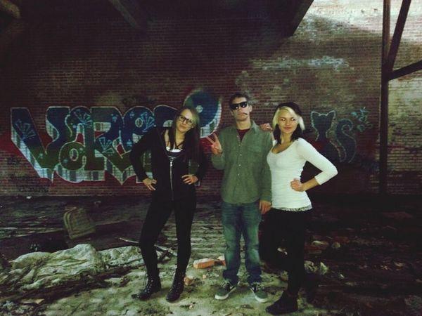Adventure Graffiti Urban Urban Tagging Three Musketeers