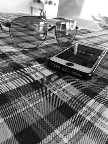 Technology Day No People Celphone Celphonephotos Sunglasses Blackandwhite IPhone