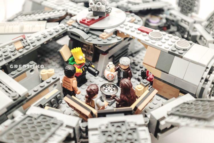 Visiting Toyphotography Milleniumfalcon Starwarstoys Legophotography Bootleg TheSimpsons