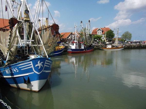GERMANY🇩🇪DEUTSCHERLAND@ Neuharlingersiel Beautiful Places Around The World No Filter Pictorial Beautiful Place Learn & Shoot: Layering Showcase: January Old Boat Old House Boat Fishing Boat Native Selfmade Majestic Outdoors Beauty Water Non-urban Scene Finding New Frontiers