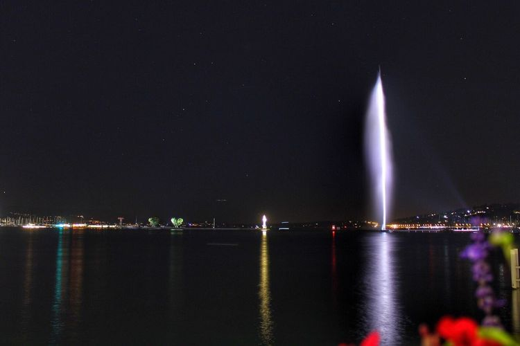Night Illuminated Water Built Structure Architecture River Waterfront Outdoors No People Nature Beauty In Nature Sky Building Exterior City Geneva