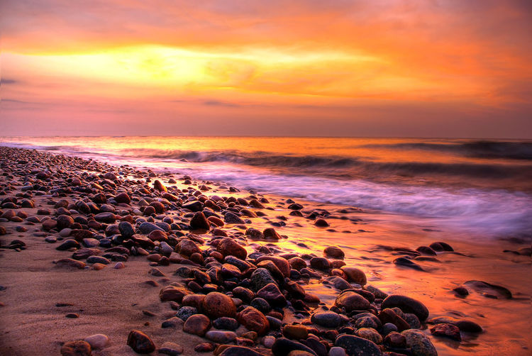Chilout Romantic Sky Poetry Relaxing Moments Baltic Sea Stones Romantic Outdoor Relax Wave Low Tide Water Sea Sunset Beach Horizon Sand Sunlight Sun Surf Romantic Sky Atmospheric Mood Dramatic Sky Tide