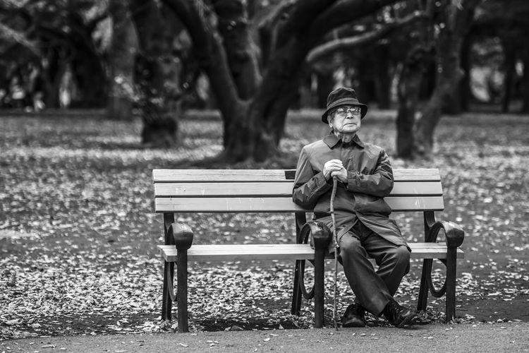 """Reserved for her"" Black And White Blackandwhite Grandpa Japan Japan Photography Old Man Park The Street Photographer - 2017 EyeEm Awards The Portraitist - 2018 EyeEm Awards My Best Photo"