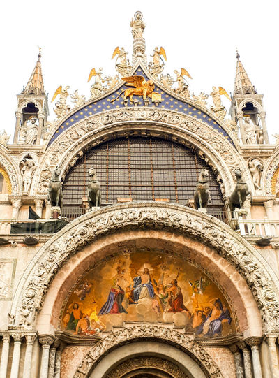 San Marco Basilica Basilica San Marco Place Of Worship Spirituality Religion Sculpture Arch History Ornate Architecture Building Exterior Close-up Bas Relief