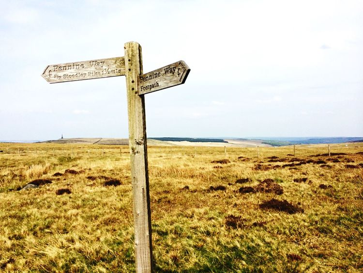 Signpost, Pennine Way Pennines Pennine Way Signpost Hiking