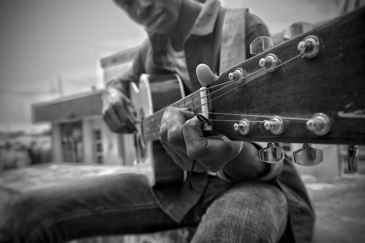 Strings Only Men One Man Only Workshop Men Skill  Working One Person Work Tool Adult Adults Only Human Body Part Guitar Strings Guitar Player Monochrome Photography Mobile Photography Ifechiworks