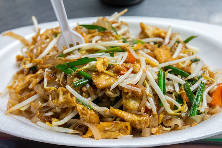 Delicious healthy pad thai streetfood in Khao San road, Bangkok, Thailand Asian  Asian Food Bangkok Cheap Close Up Close-up Delicious Fast Food Food Food And Drink Fresh Freshness Healthy Macro Meal Noodle Pad Thai Ready-to-eat Siam Soja Street Food Thailand Tofu Vegetables Yummy