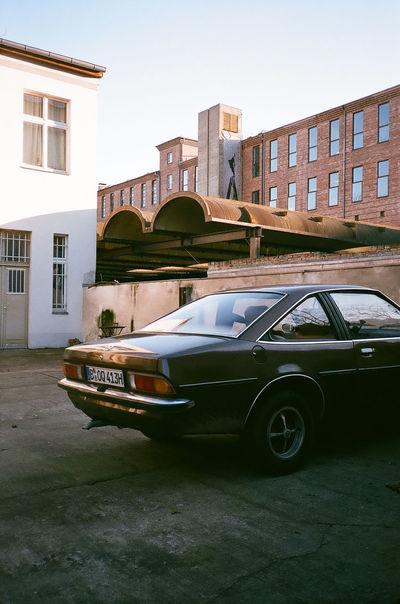 35mm 35mm Film Classic Car Believeinfilm Film Photography Fujifilm Superia400 Yashicat4