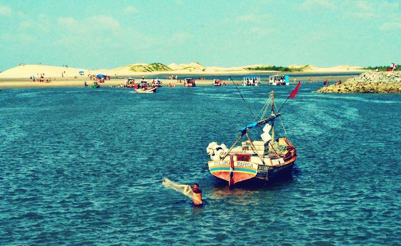 Mar Skyblue Barcos Pescador Praia Brasil ♥ Brasil Solemar Raposas Maranhão Raposa Boats⛵️ Boat Boats Boats And Water