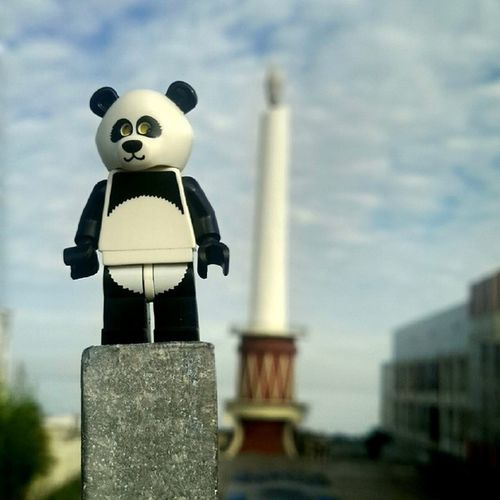 Mr. panda's first photowalk Manadointhemorning Upload bersama @instanusantara Inub3154 Instanusantara Instanusantaramanado sitoutimoutumoutou lovemanado iManado gangManado Panda Lego