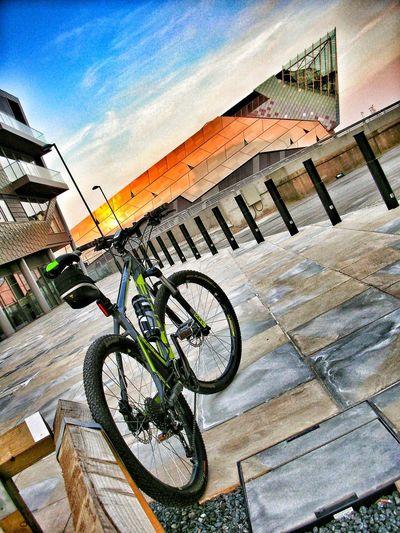 Cube Acid mountain bike. Cycling Mountainbike Mountainbiking Bike Bikeride Urban HDR Architecture TheDeep Hull Kingstonuponhull Cube Bikes Cubebikes Cubeacid Urbanbike