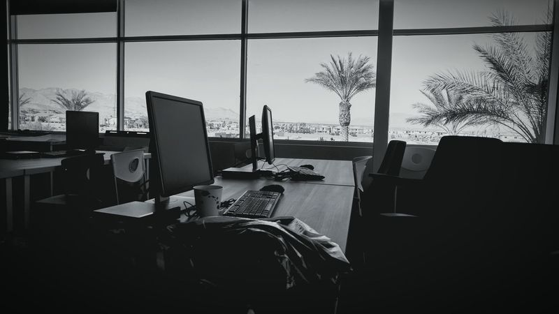 Just another day in the Office View Workstation Desert Beauty Nevada Lasvegas Workday 9to5 Workgrind Business Hardatwork