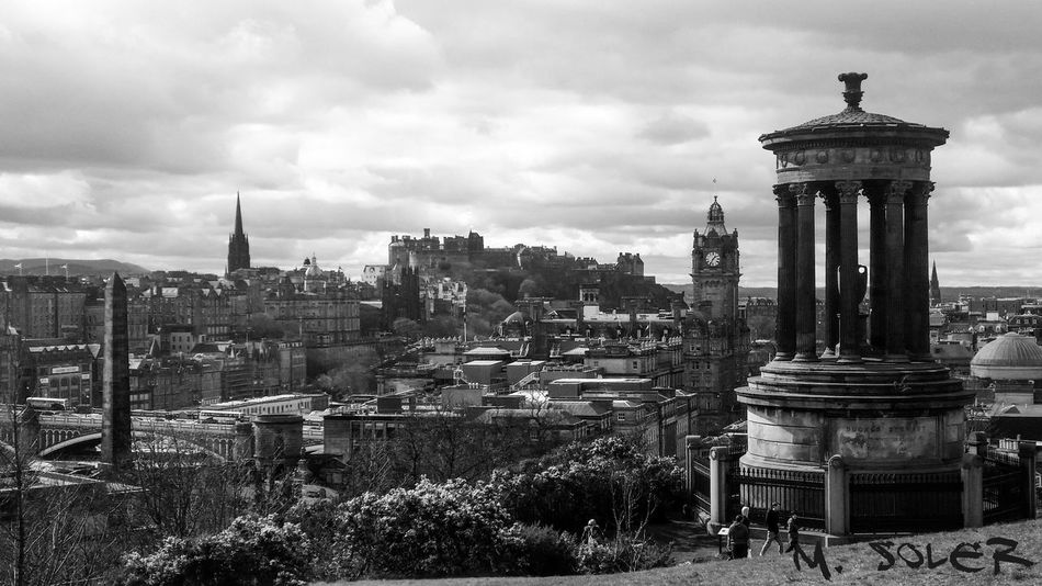Black And White Blackandwhite Black & White Blancoynegro Blackandwhite Photography Edinburgh Calton Hill United Kingdom Reino Unido Edinburgh Castle Edinburghcity Edinburgh, Scotland Edinburgh Streets Edinphoto Edimburgo Scotland Escocia Trip Photo Viaje
