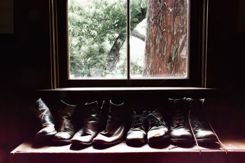 Window Indoors  No People Pair Day Shoe Close-up Cozy Place Family Vintage Vintage Shoes Old Fashion Old Fashion Style Ladyphotographerofthemonth Room With A View In A Row Worn Out