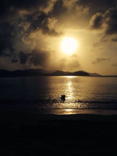 Mothers romance Enjoying Life Panamá IPhoneography Sunset Silhouettes