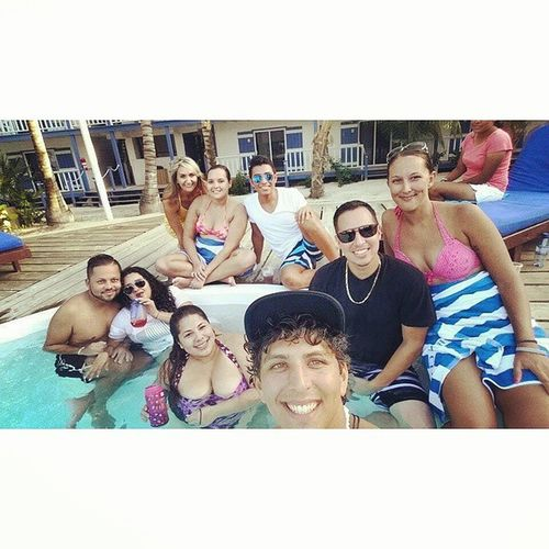 Yesterdays pool day with the crowd 😏 Chilling Greatcompany Elizabethsvacationhasbegun
