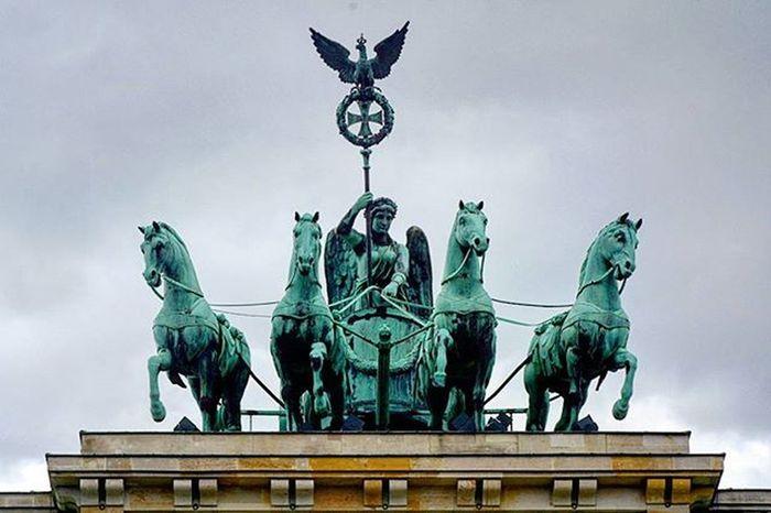 Brandenburgertor Berlintour Europe Summer Historic Student