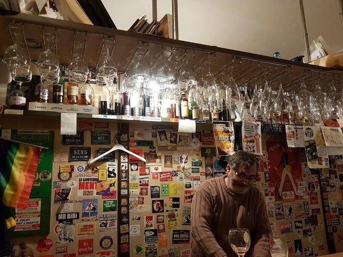 popular old bar