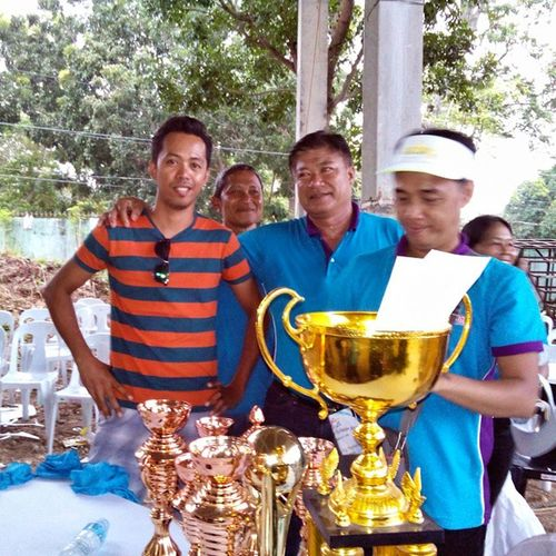 With Mayor James. Bugwas Festival today garnered 8 out 11 minor & major awards of the PASIUGDA SA SIQUIJOR Festival of Festivals. That's except Best in Art & 3rd Place (Canoan) & 2nd Place (Pamukad). We're the champion in Volleyball Men and hopefully will be the champion in Basketball too. Pasiugda Bugwas Festival Siquijor