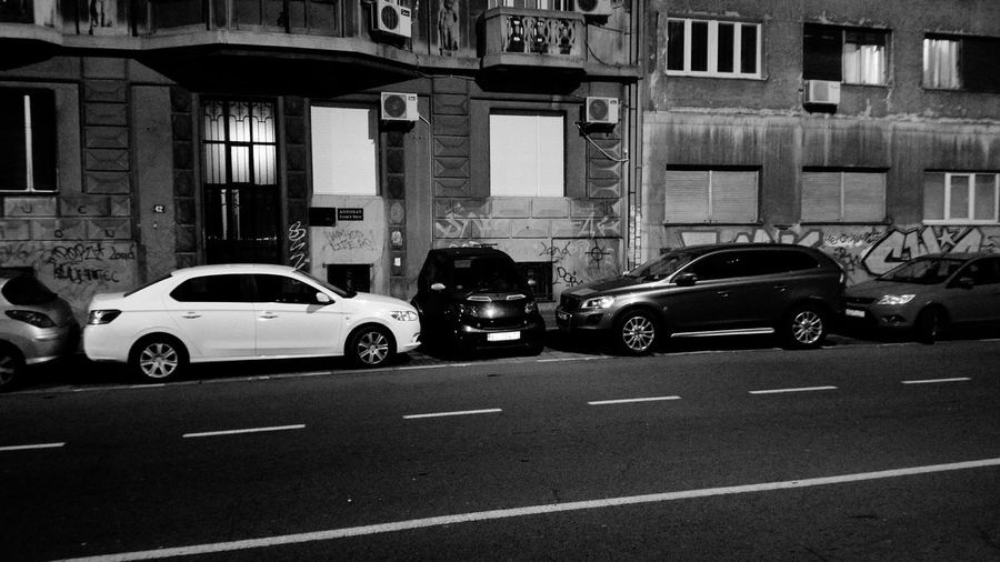 Black & White No Pepole Light And Shadow Night Lights Wall Art Sreet Art Alone Cars Streetphotography Car Small Smart Parking Old Buildings Eye Em Old City Wall Culture EyeEm Gallery Showcase: January Eyeem Best Edi Eye4photography  Windows