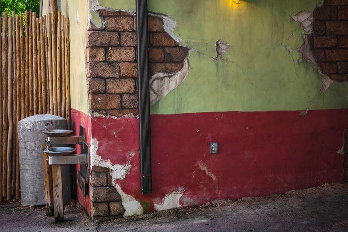 No People Built Structure Architecture Nikon D5200 Florida Background Wallpaper Building Vintage Style Building Exterior Run Down Places Old Building Exterior Aged Plaster Cracks Broken Plaster Cl3ar Vi3w Second Acts