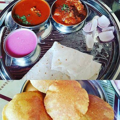 First experience with Malwanicuisine Chickensukka Bhakri Kombdiveda Solkadi Instalike Instaupload Yummyfoodinmytummy Drooling LetsDoIt Ilovewhatido .............