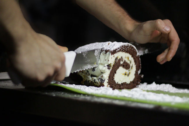 Cakes Cake Cake Time Close-up Day Dessert Food Food And Drink Freshness Human Body Part Human Hand Indoors  Men Occupation One Person People Ready-to-eat Real People Selective Focus Sweet Food