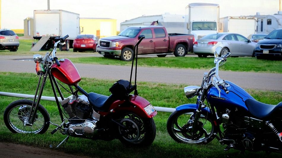 Motorcycles Chopper Drag Handlebars MidWest A Day In The Life Portrait Of America Rural America Color Photography Small Town USA Taking Photos