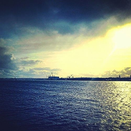 Welcometoliverpool , Liverpool , AlbertDocks , YNWA , itsliverpool, twilight, sunlight, cloud, cloudy, water, fun, amazing, beautifulcity, beautiful, beauty, goodmemories, good, hot, england, enjoy
