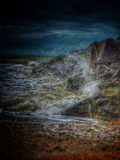Taking Photos Photography Malephotographerofthemonth EyeEm Nature Lover Seafront Brighton High Tide Waves Waves Crashing