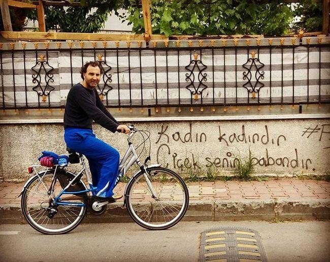 Kadinkadindircicekbabandir Bike Bisiklet Graffiti Gezi Gadabout Bisikletimvben @vestel