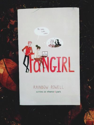 love this book ? Fangirl Rainbow Rowell Book Autumn Autumn Leaves