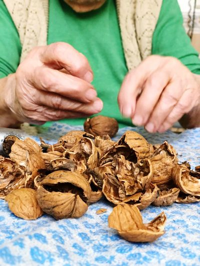 Walnut Nut Hands People Old Wrinkled Senior EyeEm Selects One Person Human Hand Human Body Part Hand Adult Close-up Food Holding
