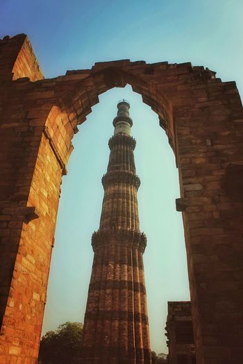 """""""I stand proud against the sands of time"""" Historical Monuments History Delhi Sultanate DelhiGram Delhidiaries Delhi Travelling Incredibleindia EyeEmNewHere Lonelyplanet Lonelyplanetindia Serenity Delhi City History Ancient Civilization Old Ruin Arch Tower Sky Architecture Built Structure Brick Monument Place Of Interest"""
