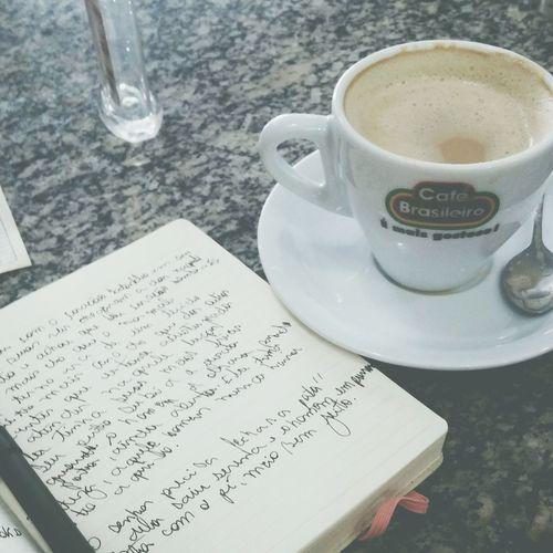 Isso ta uma bagunça, igual minha vida :/ Anamia Poesia Brazilian Likeforlike Coffee Time Coffeediary