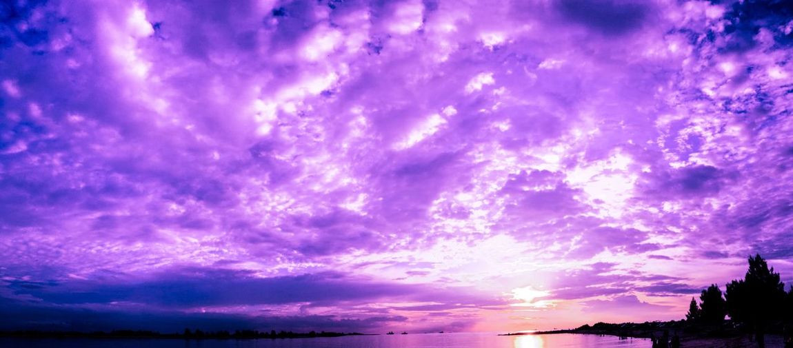 the clouds never disappoint me 😋 Sky Cloud - Sky Nature Purple Beauty In Nature Low Angle View Klebang Beach First Eyeem Photo