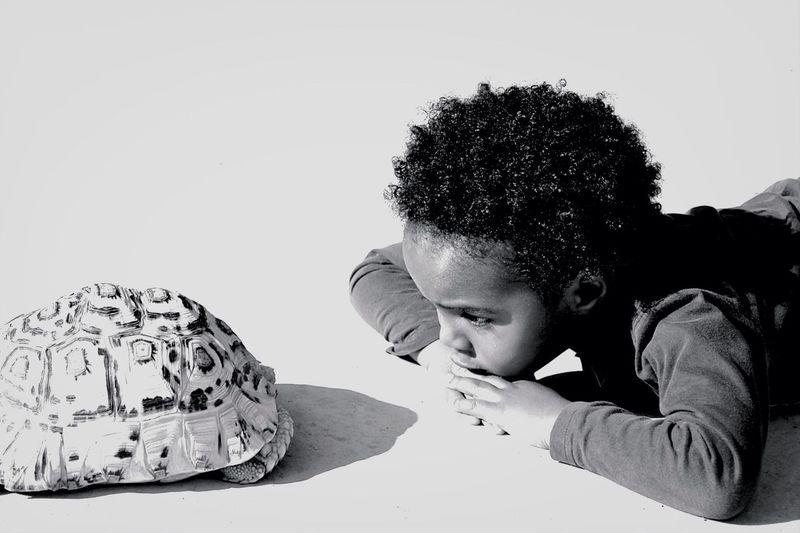 Aner eta Dordoka Turtle The Portraitist - 2014 EyeEm Awards Black And White Children's Portraits