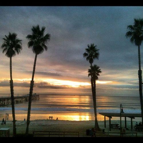 #afewshorthourslatergram #sunset #sanclemente Sunset Sanclemente Afewshorthourslatergram