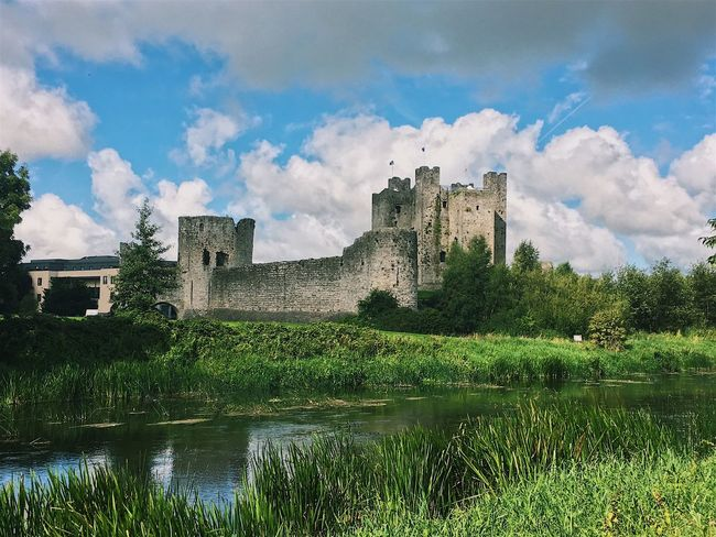 Architecture Built Structure Cloud - Sky Sky History Castle Building Exterior Medieval Water Tree Fort Lake Ancient Outdoors Nature Day No People Trim Castle Castle Historic Archaeology